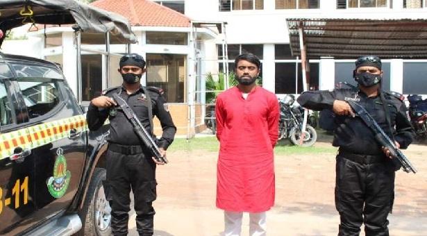 নারায়ণগঞ্জে 'গুজব' ছড়ানোর অভিযোগে যুবক গ্রেপ্তার